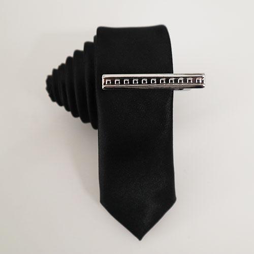 Cà vạt 3cm màu đen