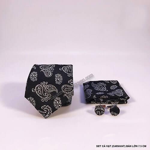 Mẫu cà vạt đen họa tiết
