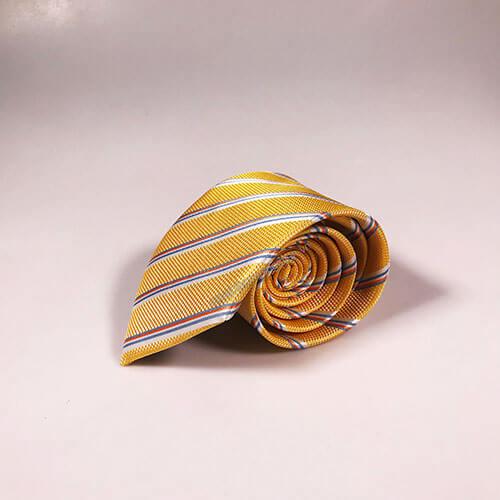 Cà vạt vàng