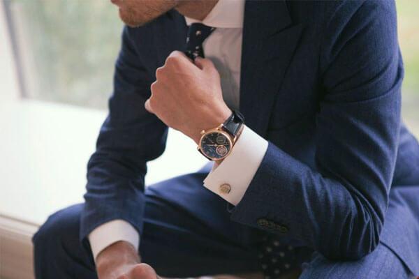 Khi phối măng sét cao cấp cùng cà vạt ở quý ông sành điệu