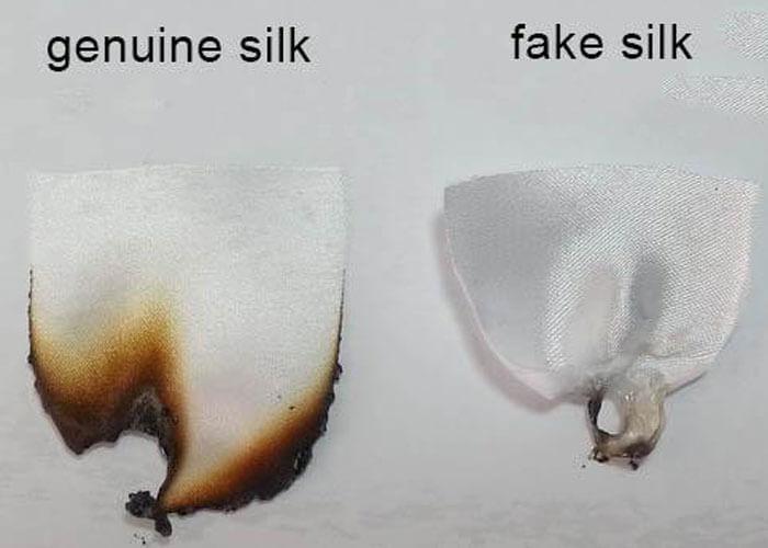 Đốt mẫu thử để phân biệt caravat lụa tơ tằm và lụa tổng hợp