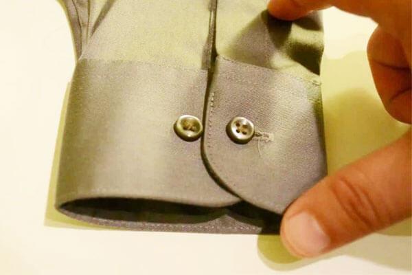Convertible ( cổ tay áo sơ mi măng séc 2 trong 1 )