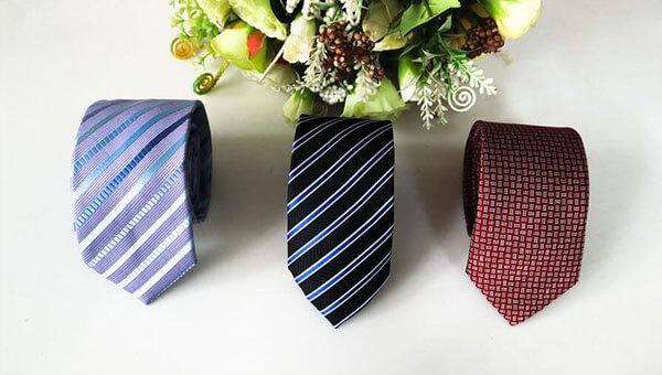 Mẫu cà vạt nam giá rẻ tại Thomas Nguyen