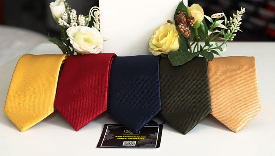 Cà vạt bản nhỏ Hàn Quốc   Caravat của giới trẻ