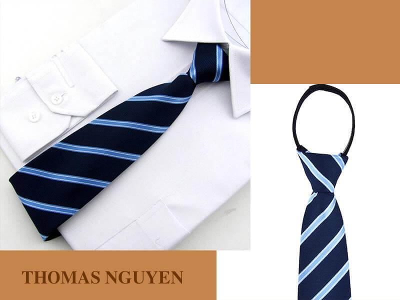 Cà vạt thắt sẵn kẻ sọc màu xanh đen Thomas Nguyen