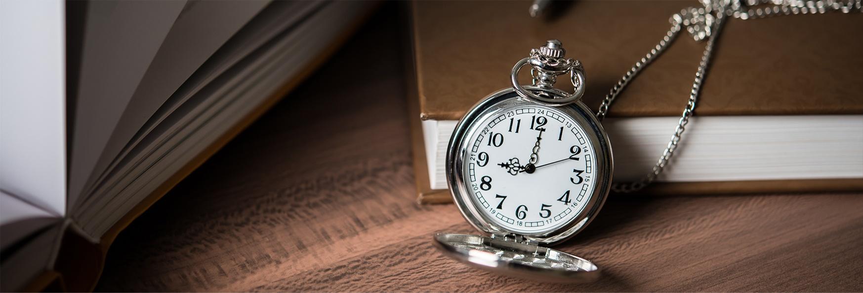 đồng hồ quả quýt Thomas Nguyen