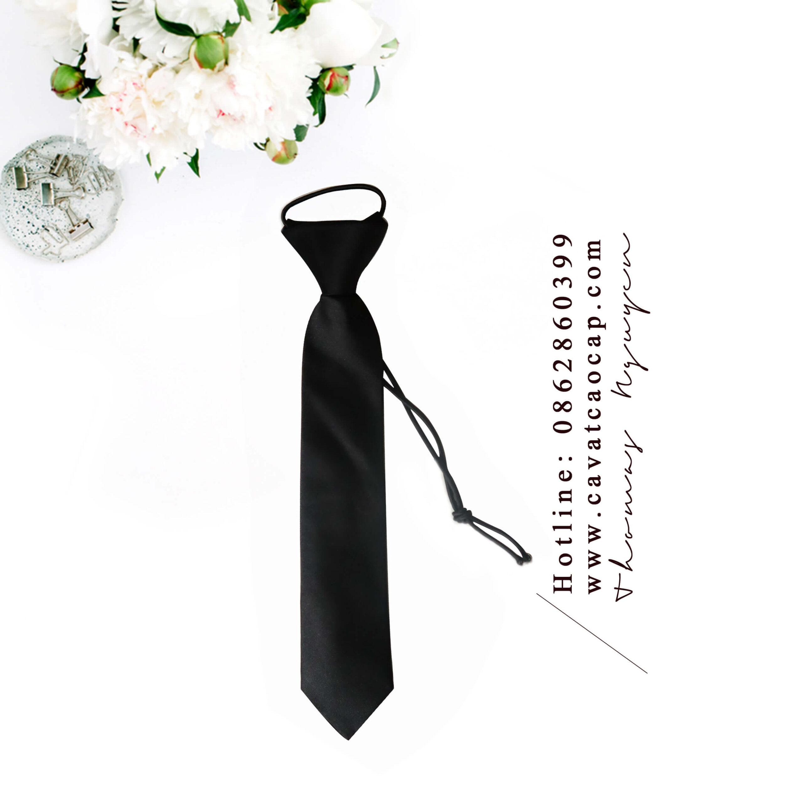 Cà vạt thắt sẵn Thomas Nguyen