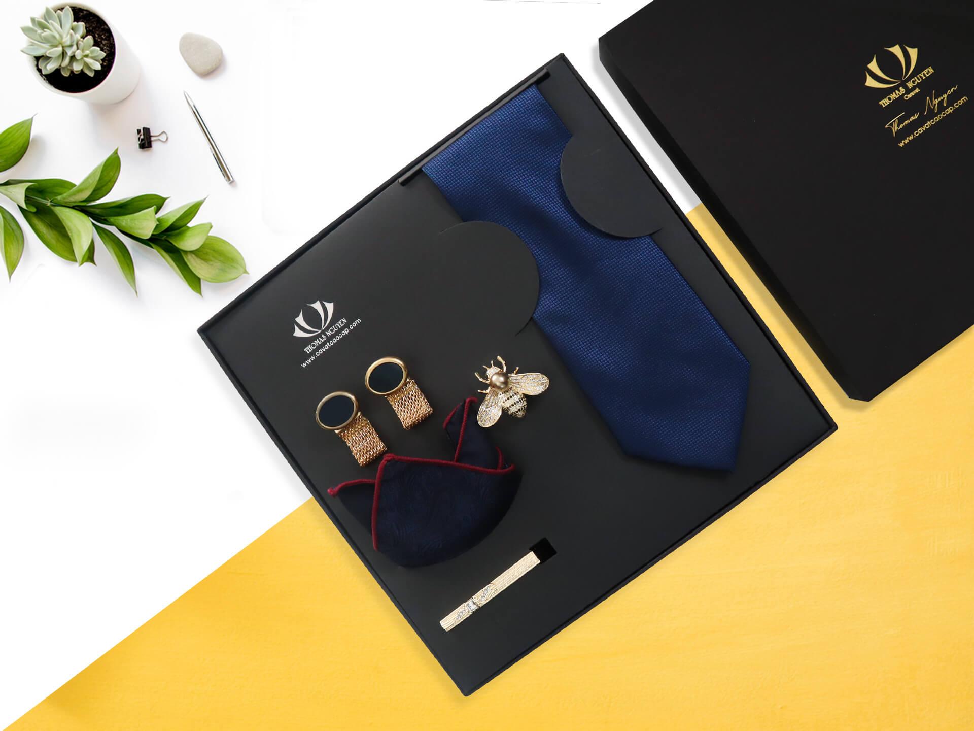 COMBO cà vạt lụa tổng hợp tặng thầy giáo Thomas Nguyen