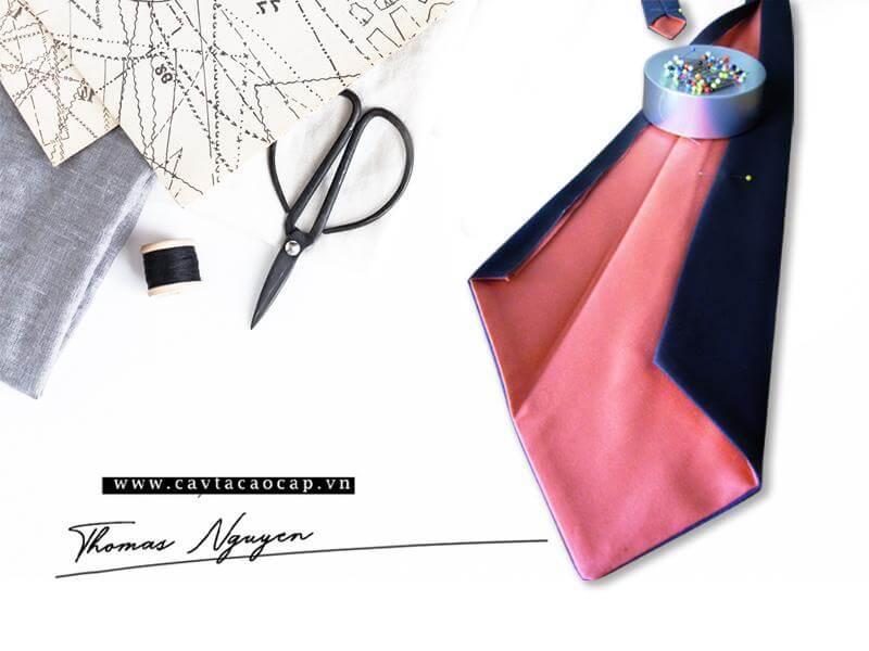 Cavat bst Sophistication được tạo nên bởi một phần nét đẹp thủ công