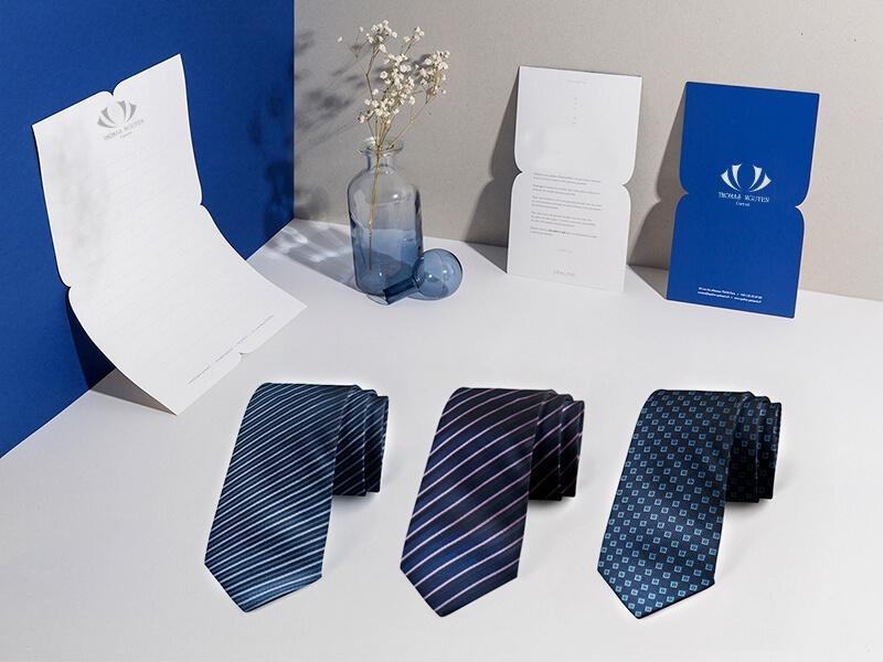 Cà vạt lụa tơ tằm màu xanh navy và xanh coban