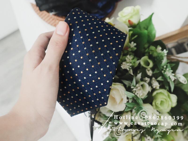 Cà vạt lụa cao cấp thuộc BST Classy Gentleman thân thiện với da