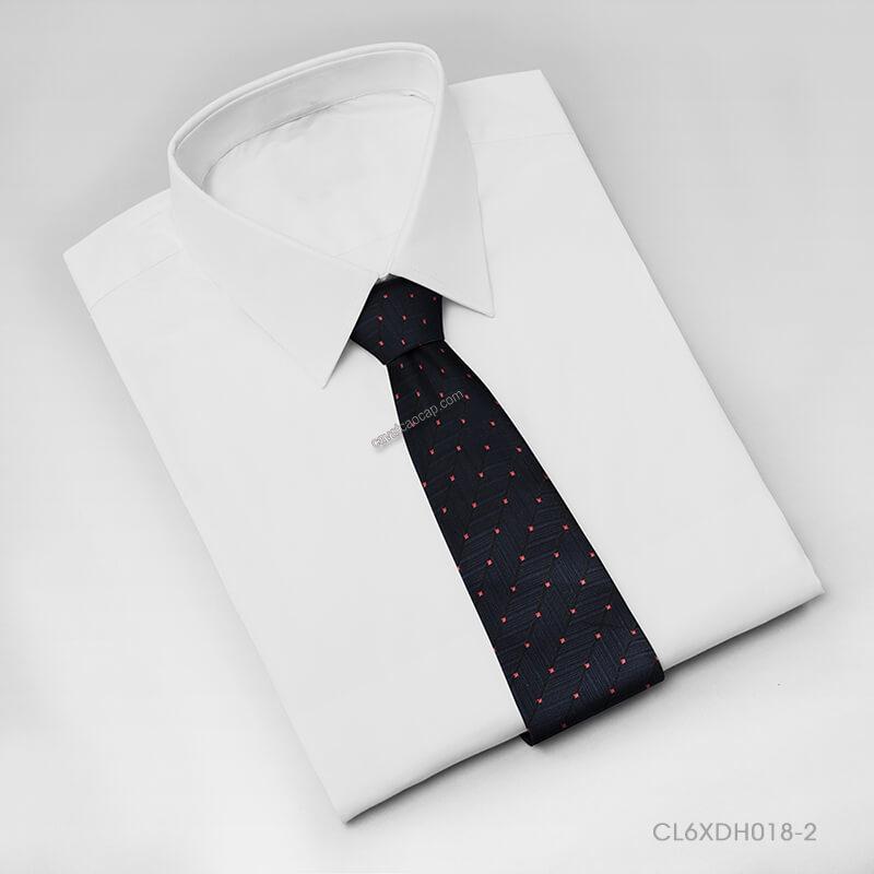 Mẫu cà vạt nam chấm bi năng động