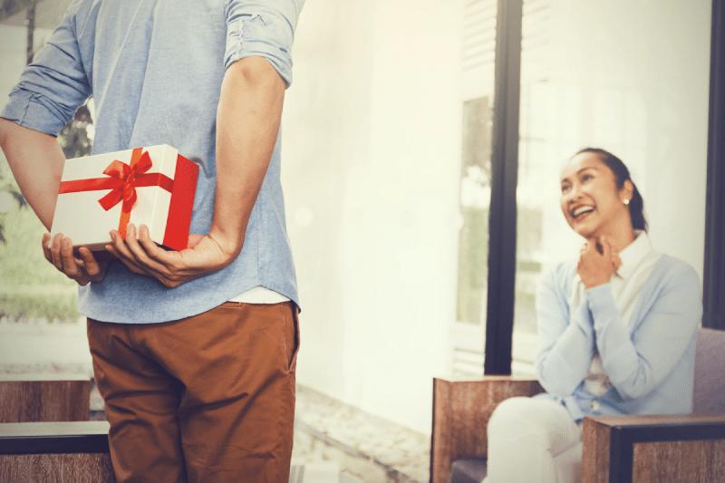 Tết nên tặng gì cho phái nữ
