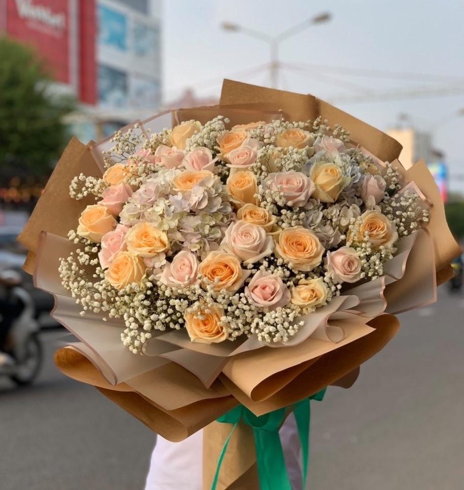 Hoa tươi - quà cho người lớn tuổi