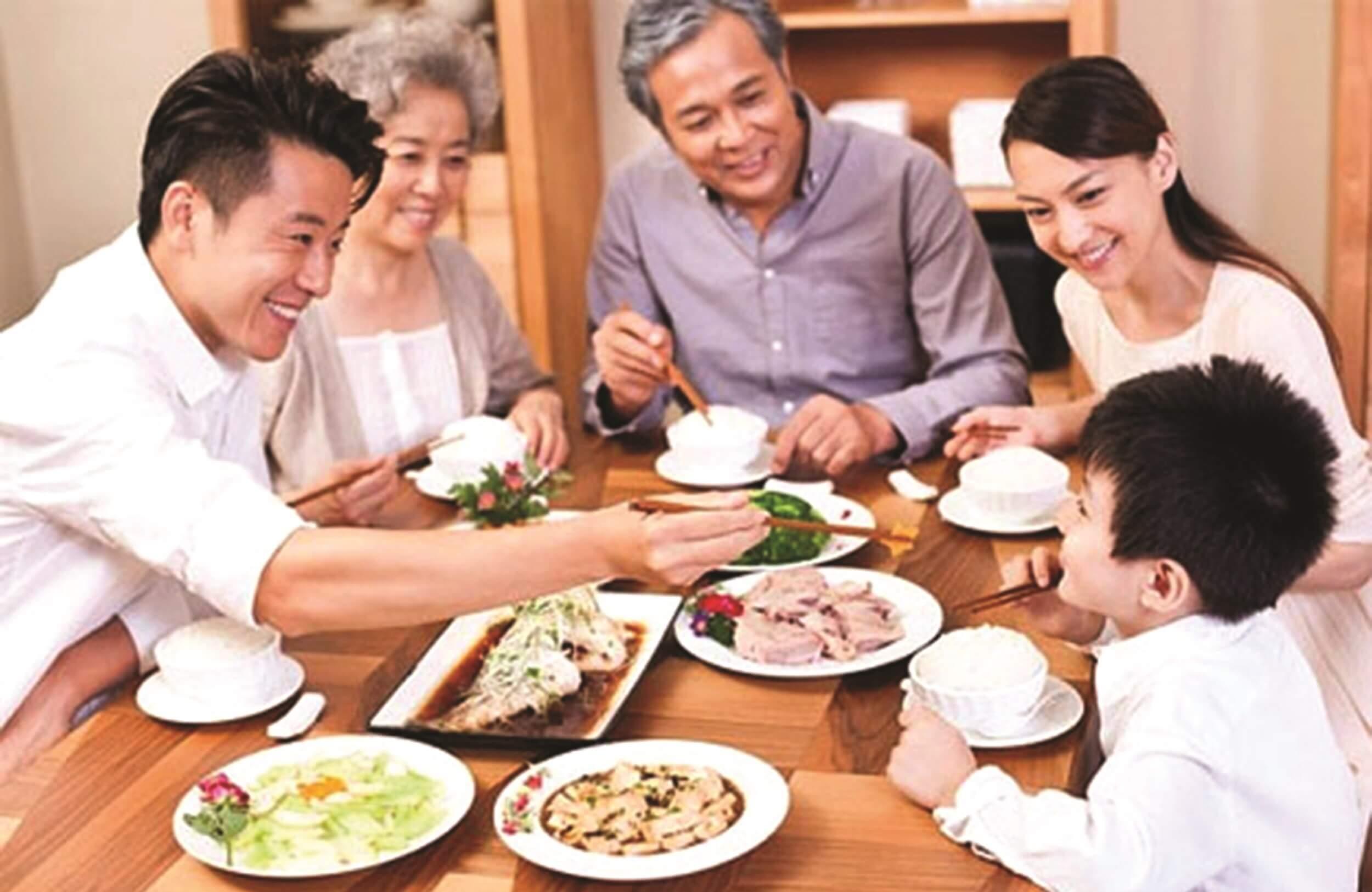 Sum họp gia đình